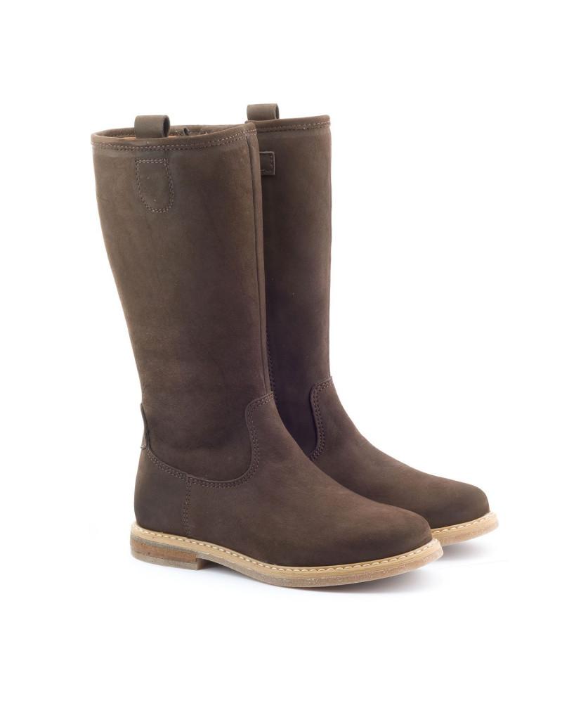 En effet, une large gamme de bottes femme y est proposée à petit prix. Cette saison, l'accent est mis sur l'élégance, et pas que. Glamour, décalé, fantaisiste ou épuré, .